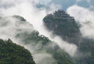 其山,林,水,石天作之合,妙趣横生,极具森林旅游资源特色,在浙江省乃至